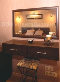 Спальня (фрагмент)